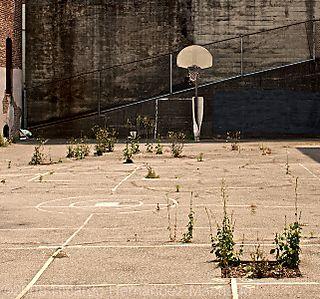 SF_AbandonedPlayground